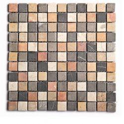 Produits naturels, ces mosaïques en marbres carrés mélange cinq couleurs , sont montées sur une...