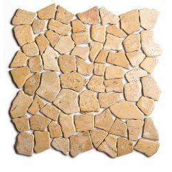 Produits naturels, ces  mosaïques en cassons de marbres palladiana jaunes , sont montées sur une...