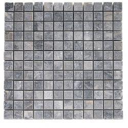 Produits naturels, ces mosaïquesen marbres carrés 2,3x2,3 blue stone , sont montées sur une...